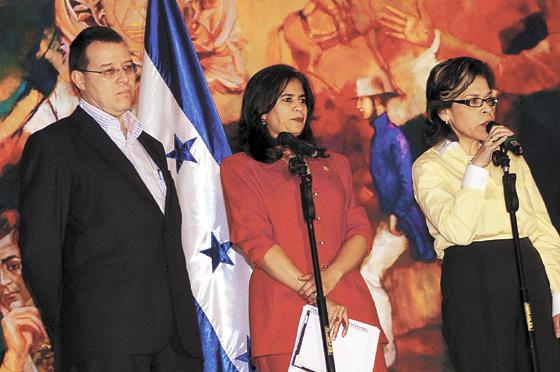 Aristides Mejia, Rixi Moncada och Rebeca Santos: Efterlysta av Interpol