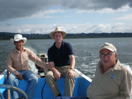 This blog's author on Lago de Yojoa