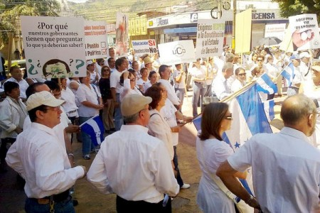 Demonstration by the National Congress in Honduras, 2010-10-20.