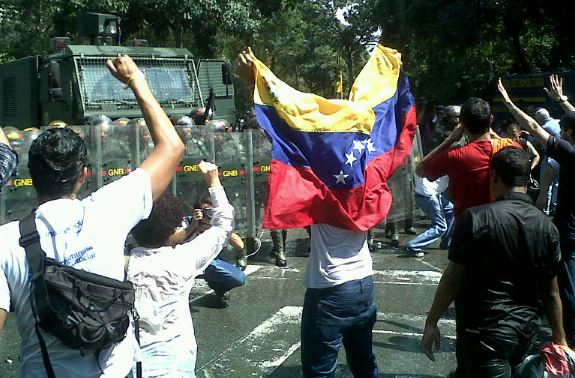 Students demonstrating for academic freedom are repressed with military force in Venezuela, 2010-12-23. Courtesy @ucabistas