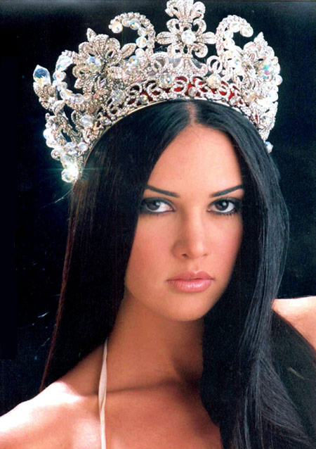 Monica Spear, Miss Venezuela 2004, murdered 2014